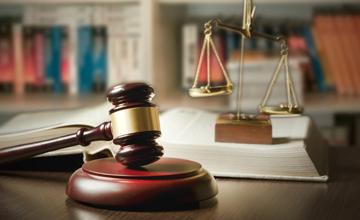 Magíster  En Derecho Penal y Proceso Penal
