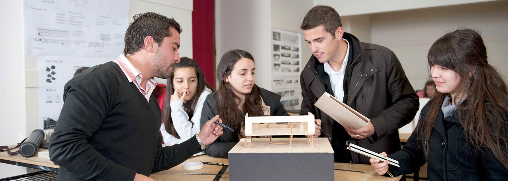 Carrera arquitectura santiago universidad mayor for Carreras de arquitectura